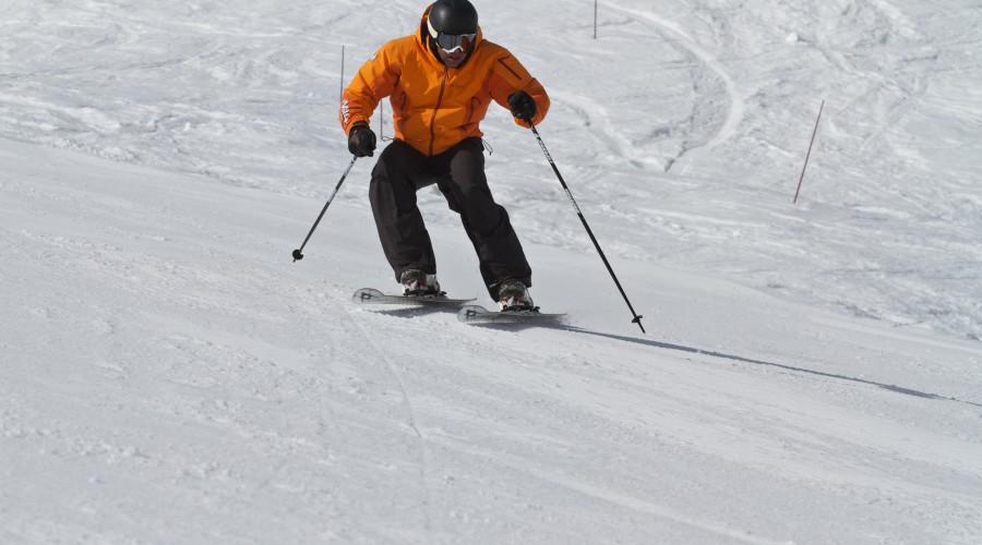 SkiSchoolApp-Parallel-Image2