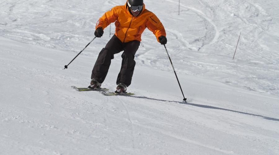 SkiSchoolApp-Parallel-Image3